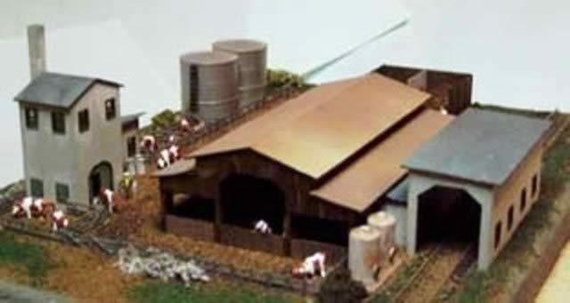 P&DMarsh: N Gauge: Coates Manor Dairy Laser-Cut Wood Kit